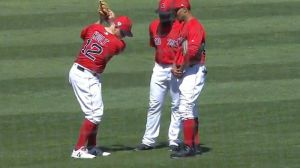 Mic'd-Up Mookie Betts Leads Red Sox Outfield In Hilarious Pitching Change Powwow
