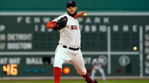 Red Sox's Eduardo Rodriguez Has 'Minor' Left Knee Injury After Falling