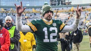 Aaron Rodgers Bashes 'Game Of Thrones' Finale In Hilariously Accurate Tirade