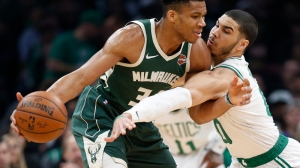 NBA Awards Odds: Giannis Antetokounmpo, Luka Doncic Among Betting Favorites