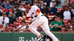 Watch Red Sox's Xander Bogaerts, J.D. Martinez Smash Back-To-Back Home Runs
