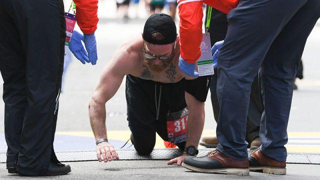 Here's Amazing Story Of Marine Who Crawled To Boston Marathon Finish Line