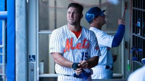 Tim Tebow Reportedly Will Miss Rest Of Season With Left Finger Injury