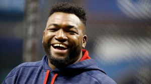 Red Sox Legend David Ortiz All Smiles As He Moves Daughter Into College