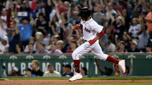 Red Sox Wrap: Boston Walks Off In Ninth With 6-5 Win Over White Sox