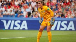 Alex Morgan Has Perfect Reaction To Alyssa Naeher's Penalty Kick Save