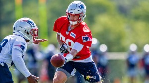 Patriots Expecting QB Competition Will 'Declare Itself' In Training Camp