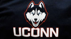UConn Recruit Throws Down Absolutely Insane One-Handed, Windmill Dunk