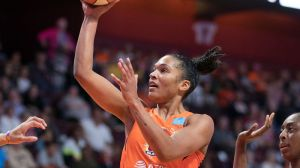 CT Sun's Curt Miller Sees Alyssa Thomas As New Breed Of Power Forward
