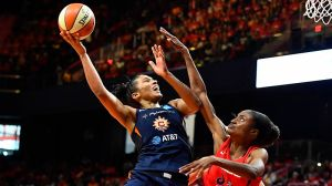 Alyssa Thomas (Somehow) Dominating In WNBA Finals With Two Torn Labrums