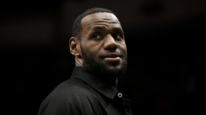 LeBron James Marvels At 'So Cold' Larry Bird: 'Zero Flaws In His Game'
