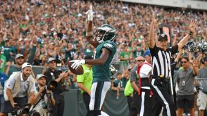 NISSAN Social Drive: Nelson Agholor Invites Hero Eagles Fan To A Game