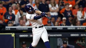 Jose Altuve Bounces Yankees, Sends Astros To World Series With Walkoff HR