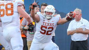 Texas Offensive Lineman Scores Wild Big-Man Touchdown Vs. West Virginia