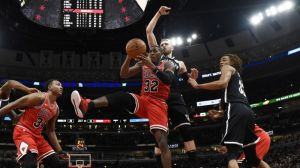 This Sequence From Nets-Bulls Is Some Of The Worst Basketball You'll Ever See