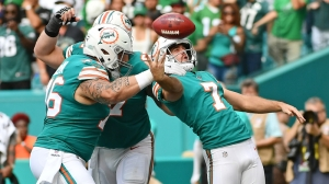Watch Dolphins Perfectly Execute Punter-To-Kicker Trick Play Vs. Eagles