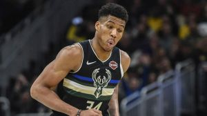 Bucks Hilariously Troll Lakers On Twitter After Thursday's Dominant Win
