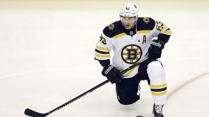 Watch Brad Marchand, Kris Letang Scrap During Bruins-Penguins
