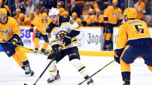 Bruins' David Pastrnak Extends NHL Lead For Goals With 32nd Of Season