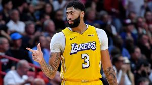 NBA Rumors: Anthony Davis Turns Down Extension, Will Enter Free Agency