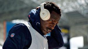 NFL Rumors: Russell Wilson 'Would Love' Seahawks To Add Antonio Brown