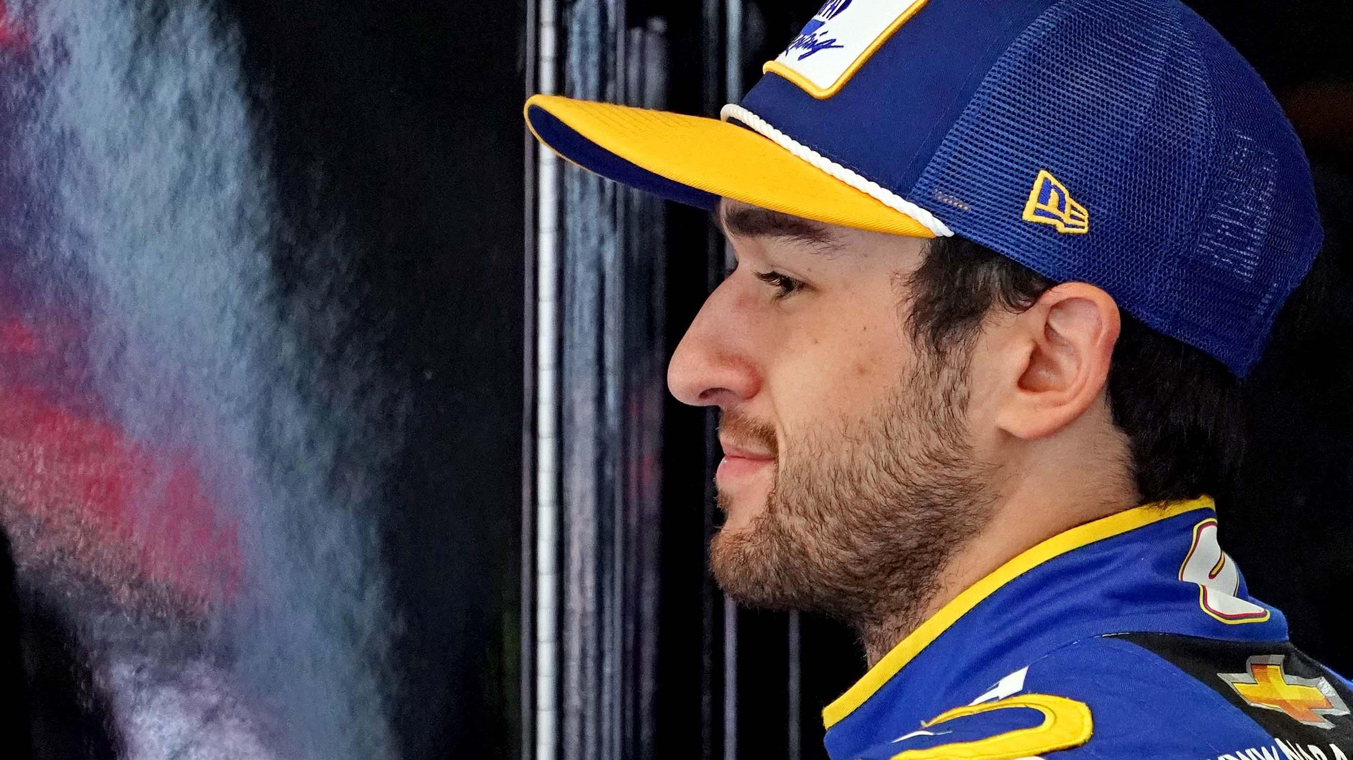Chase Elliott, Kyle Larson Sign On For Kyle Busch Truck Bounty Challenge