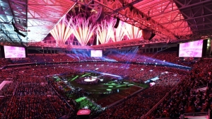 Shakira, J-Lo Super Bowl Halftime Show Creates Social Media Buzz