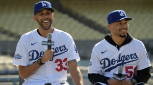 How David Price, Mookie Betts Quickly Excited Dodgers Manager Dave Roberts