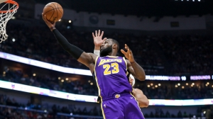 LeBron James Joins Elite Company With 30-Point Triple-Double In Lakers' Win