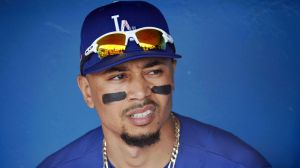Dodgers' Mookie Betts Lands Sports Illustrated MLB Preview Issue Cover