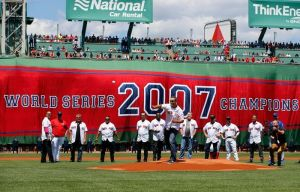 Relive Manny Delcarmen's Red Sox Twitter Takeover For '07 Ring Ceremony