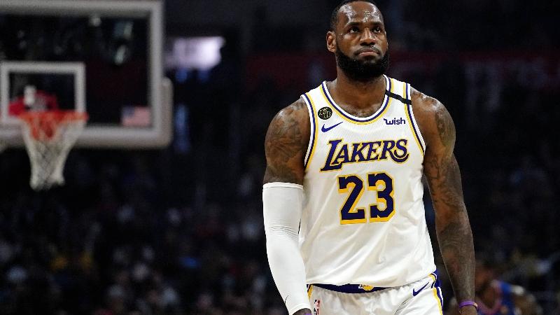 LeBron James, NBA Players Show Support For ESPN's Adrian Wojnarowski