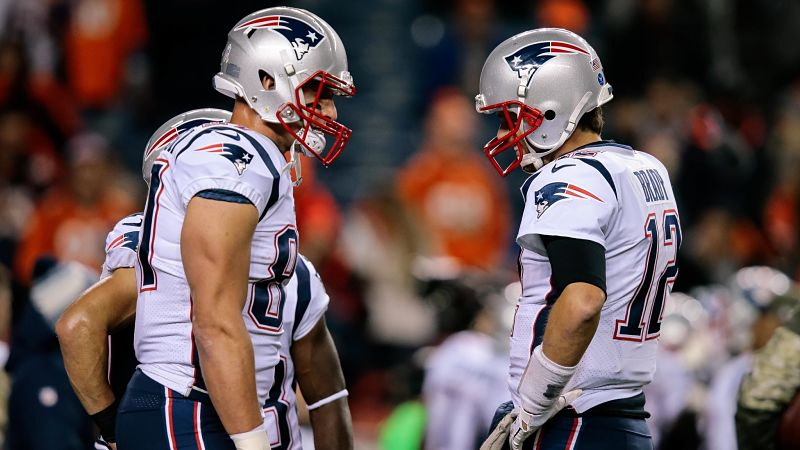 Would Rob Gronkowski Consider NFL Comeback To Join Bucs? Chris Simms Weighs In