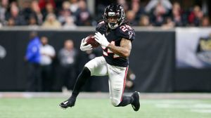 NFL Rumors: Patriots Rival Among Teams Interested In Devonta Freeman