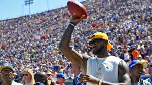 LeBron James Trained For NFL During 2011 NBA Lockout, Received Contract