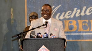 Negro Leagues Museum President Bob Kendrick Sits Down With Guerin Austin