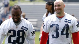 Patriots Running Backs Gaining New Perspective From Coach Troy Brown