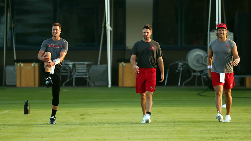 Tampa Bay Buccaneers quarterbacks Tom Brady and Blaine Gabbert
