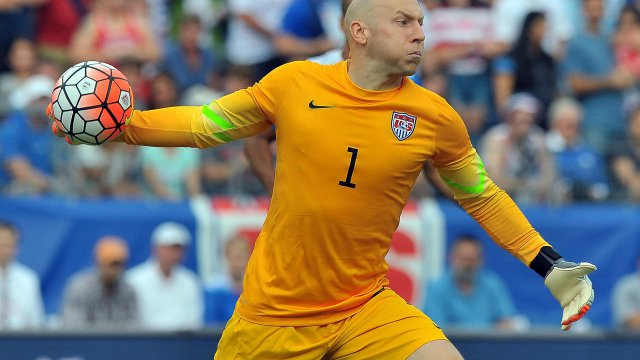 Brad Guzan USA soccer starting goalkeeper