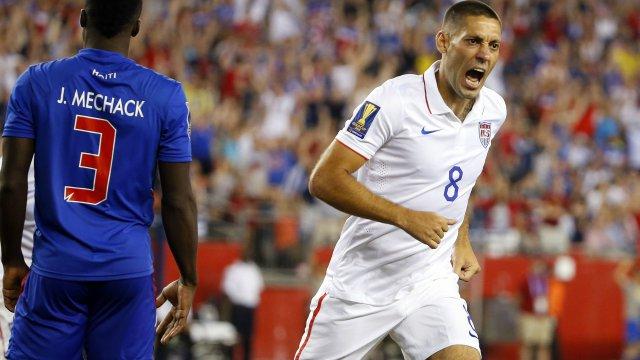 Clint Dempsey scores for USMNT vs. Haiti