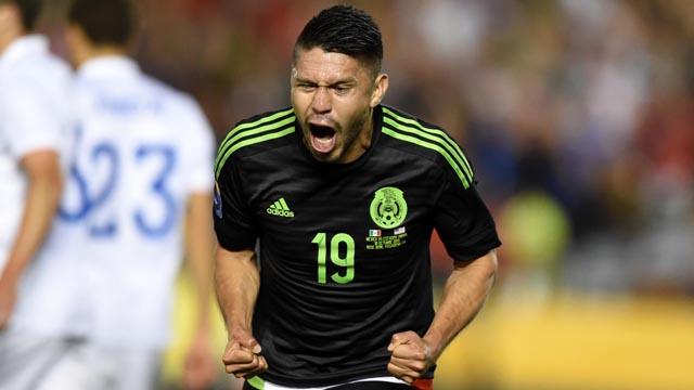 Mexico forward Oribe Peralta