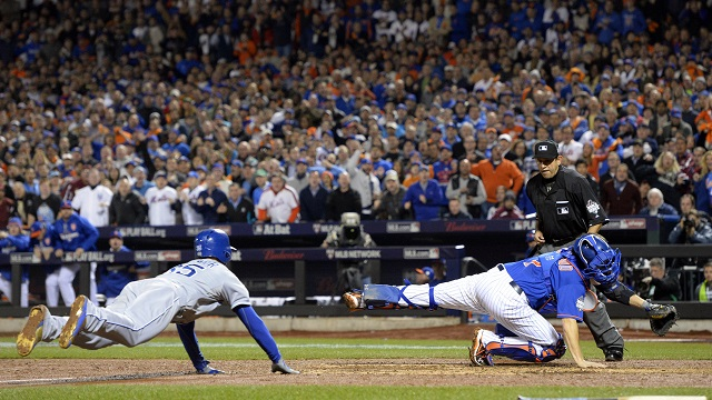 Eric Hosmer ties World Series game 5 with slide in top of the ninth