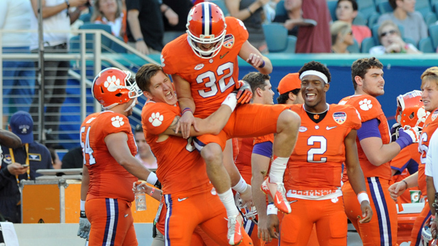 Clemson Tigers punter Andy Teasdall