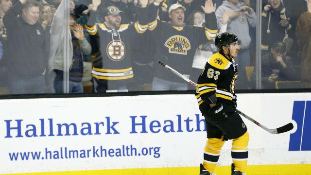 Boston Bruins fans react