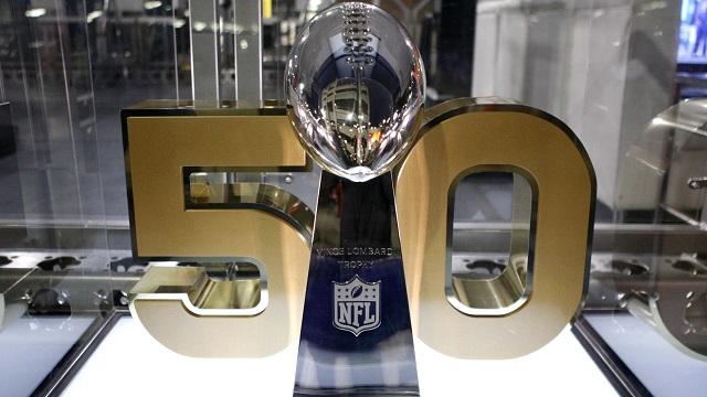 Vince lombardi Super Bowl trophy
