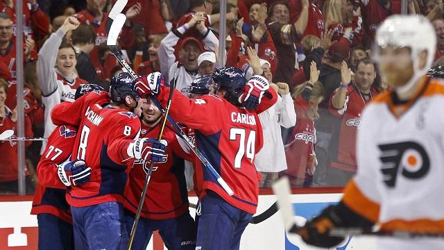 Capitals celebrate goal vs FLyers