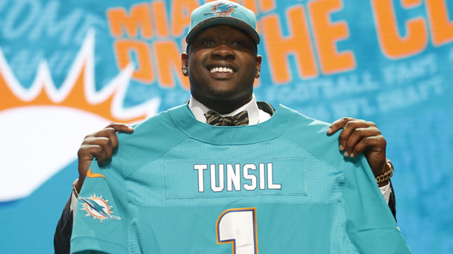 Laremy Tunsil (Mississippi) is selected by the Miami Dolphins