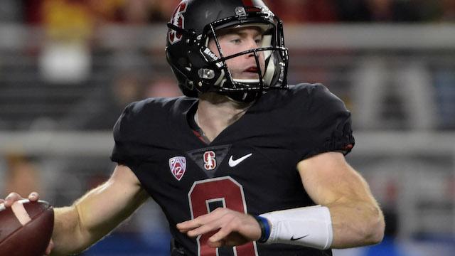 Stanford quarterback Kevin Hogan