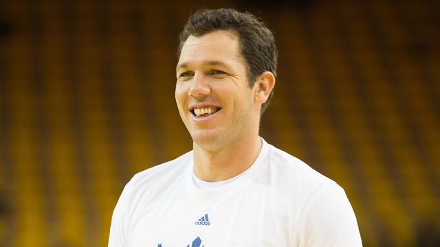 Golden State Warriors assistant coach Luke Walton