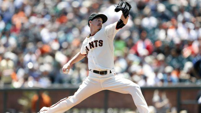 Giants pitcher Tim Lincecum